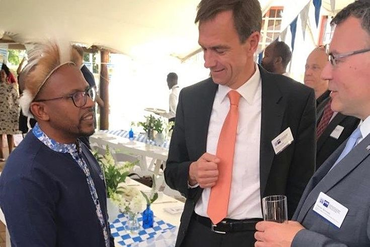 State Minister Florian Herrmann with German Ambassador Martin Schaefer and Sello Hatang, CEO of the Nelson Mandela Foundation