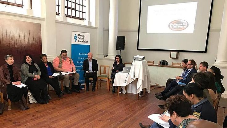 Discussion with academics and NGO representatives in Cape Town